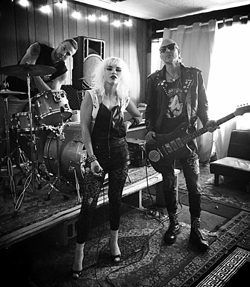 Bringing Attitude Back Into Rock: An Interview With Barb Wire Dolls ...
