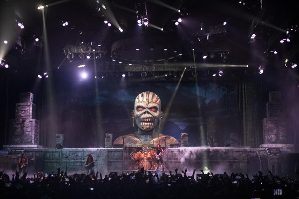 high flying iron maiden make las vegas stop on the book. Black Bedroom Furniture Sets. Home Design Ideas