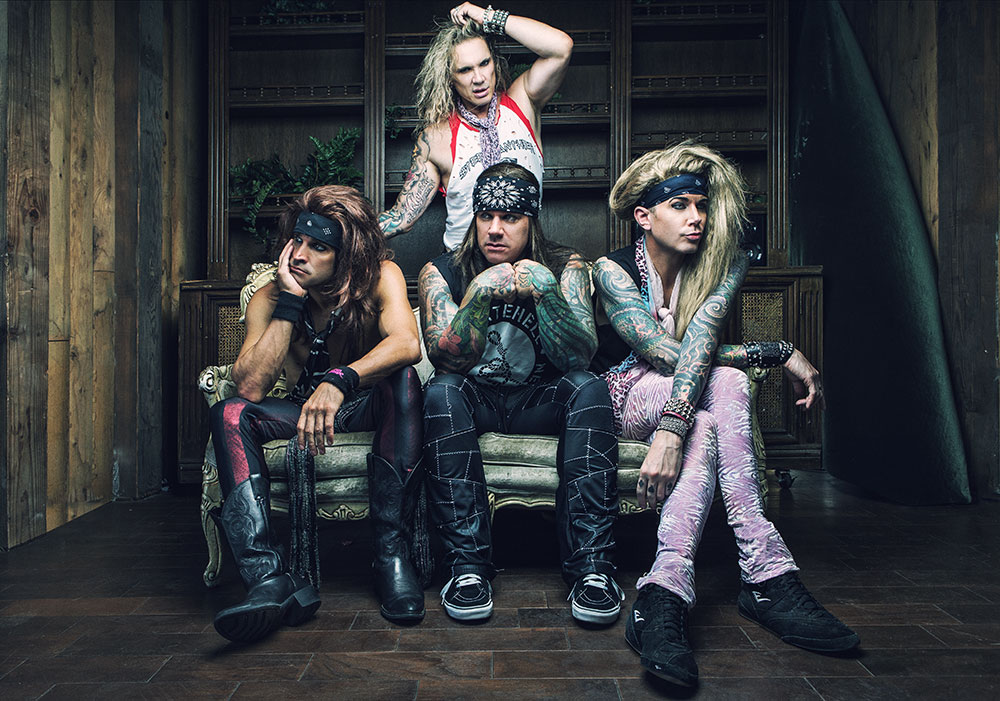 steel_panther_couch-%28photo-by-david-jackson%29